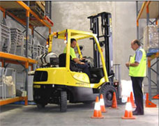 Lift Truck training, forklift jobs, forklift drivers, fork lift safety certification, osha training